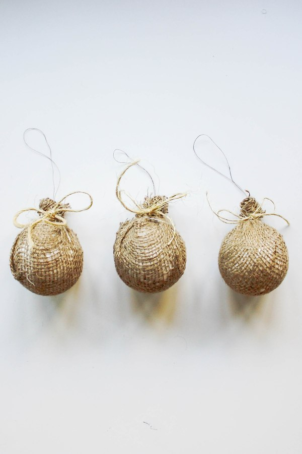 burlap-tree-ornaments-7